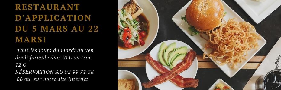 Brasserie au restaurant d'application en mars